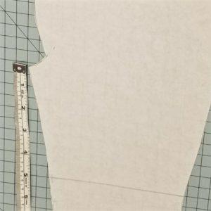 Reinforced knee marking